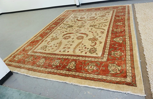 HAND KNOTTED ROOM SIZE ORIENTAL RUG MEASURING 13 X 10 FEET.