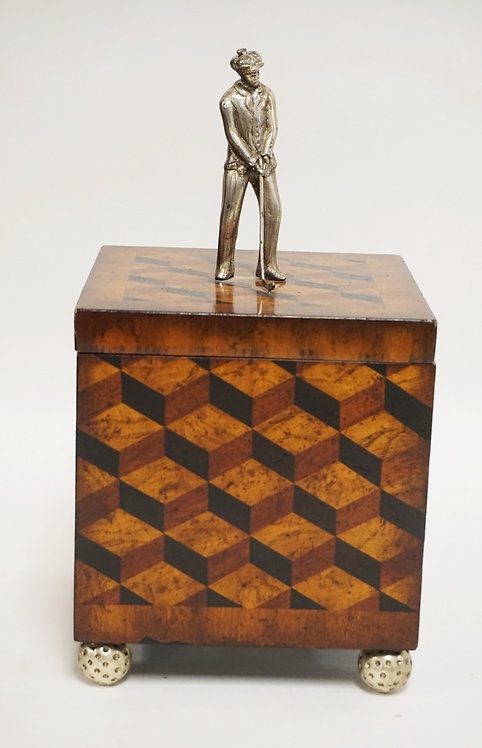 MAITLAND SMITH LIDDED BOX IN A GOLF MOTIF HAVING A GOLFER ON TOP AND GOLF BALL F