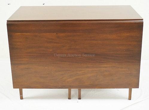 HENKEL HARRIS VIRGINIA GALLERIES GATELEG DROPOLEAF TABLE WITH LONG DROPS. 44 I X