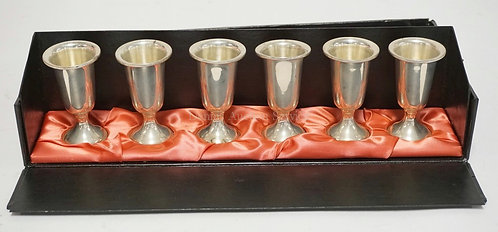 SET OF 6 TOWLE STERLING SILVER CUPS IN A FITTED CASE. EACH MEASURES 3 INCHES HIG