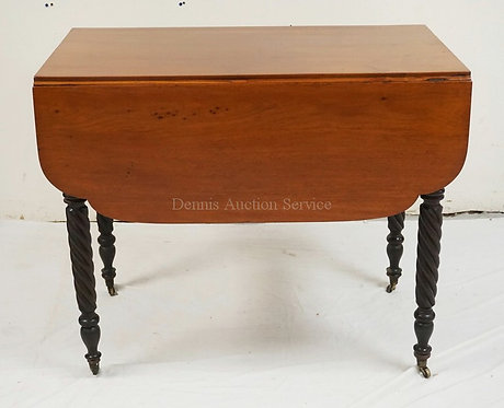 ANTIQUE BUTTERFLY DROPLEAF TABLE WITH SPIRAL CARVED LEGS. 36 X 20 1/2 INCH TOP.