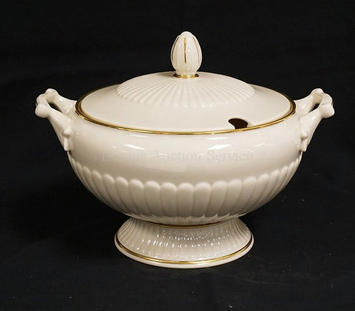 LENOX PORCELAIN TUREN WITH GOLD TRIM. 12 1/4 INCHES WIDE. LID NOTCHED FOR A LADL