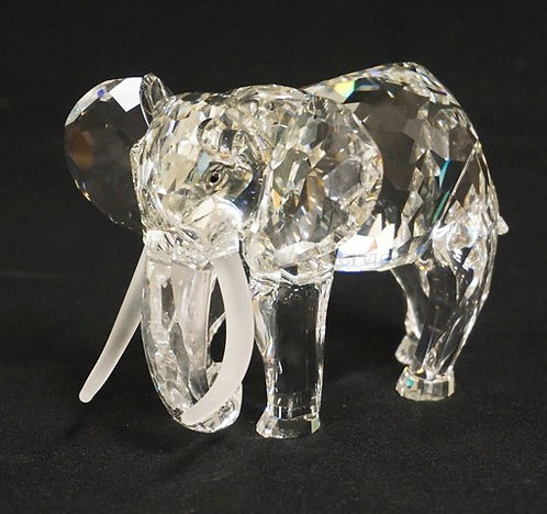 SWAROVSKI CRYSTAL ELEPHANT FIGURE. 1993 *INSPIRATION AFRICA*. 3 3/8 INCHES HIGH.