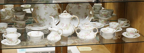 45 PC GUERIN LIMOGES TEA AND PASTRY SET. SPOUT OF TEAPOT REPAIRED, 8 � IN H, CAK