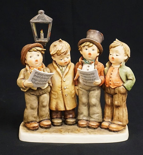 HUMMEL #471 *HARMONY IN FOUR PARTS* PORCELAIN FIGURAL GROUP MEASURING 9 7/8 INCH
