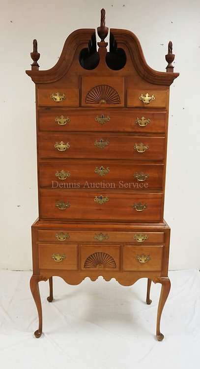 ANTIQUE QUEEN ANNE CHERRY HIGHBOY WITH SHELL CARVED DRAWERS, A BROKEN PEDIMENT T
