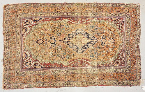 ANTIQUE ORIENTAL RUG MEASURING 5 FT 10 INCHES X 3 FT 7 INCHES. HAS WEAR.