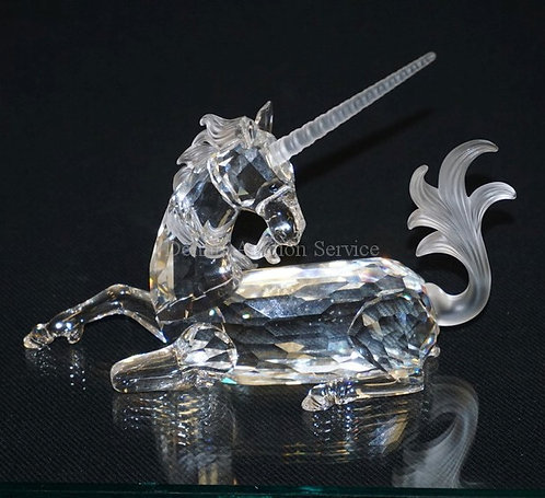 1014_SWAROVSKI CRYSTAL UNICORN FIGURE WITH BOX (HAS STAINS). 4 3/8 INCHES HIGH.
