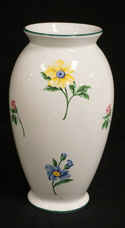 TIFFANY & CO PORCELAIN VASE DECORATED WITH FLOWERS. 10 1/2 INCHES HIGH.