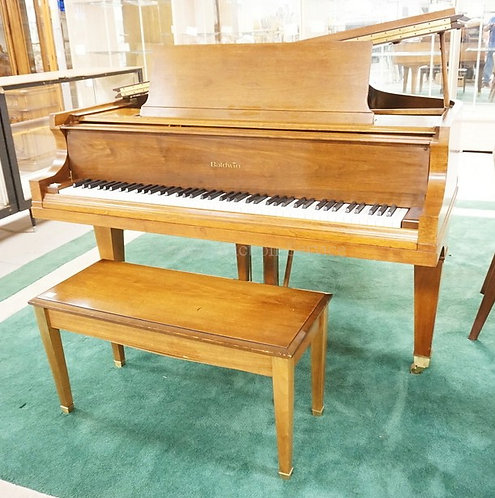 BALDWIN BABY GRAND PIANO WITH BENCH. MODEL *L*. SERIAL #224597.