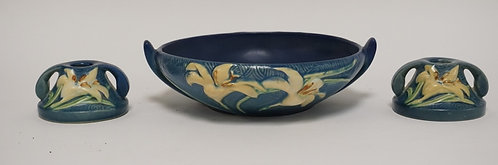 3 PIECE ROSEVILLE POTTERY ZEPHYR LILY CONSOLE SET. BOWL IS 10 INCHES WIDE.