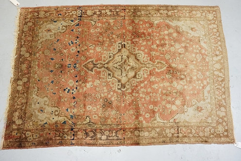 ANTIQUE ORIENTAL TRHOW RUG. 4 FT 2 INCHES X 6 FT 4 INCHES.