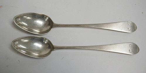 PAIR OF ANTIQUE COIN SILVER BIRD BACK SPOONS BY *I MYERS*. MONOGRAM *GD*. 5 5/8