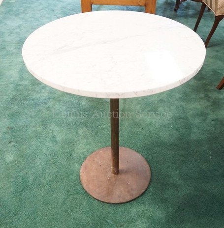 MODERN MARBLE TOP TABLE WITH A METAL BASE. 24 INCH DIA. 29 INCHES HIGH.