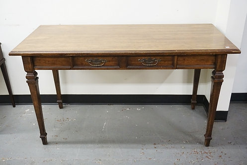 1035_DESK WITH ONE DRAWER AND TAPERED SQUARE LEGS. 54 INCHES WIDE. 30 INCHES WID