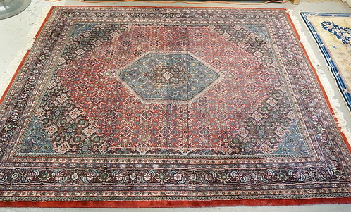 ROOM SIZE ORIENTAL RUG MEASURING 10 FT 2 X 8 FT 1 INCHES,