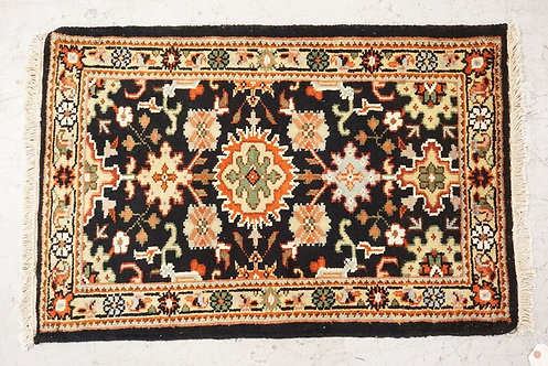 1012_HAND WOVEN ORIENTAL RUG MEASURING 3 FT X 2 FT.