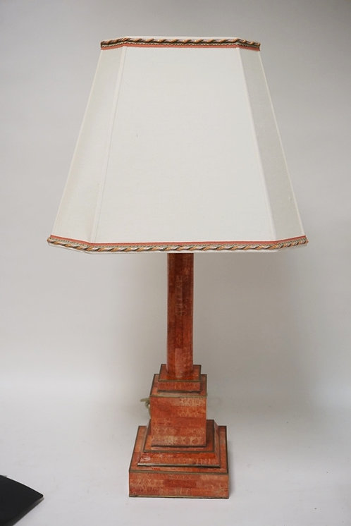 CONTEMPORARY TABLE LAMP IN FAUX TESSELATED ROUGE MARBLE WITH A MATCHING SHADE. 3