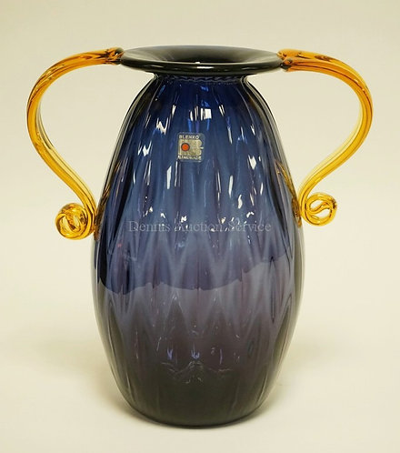 EXCEPTIONAL BLENKO MCM BLOWN ART GLASS SHADED BLUE TO AMETHYST WITH APPLIED AMBE
