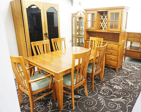 8 PIECE DINING ROOM SET. TABLE, 6 CHAIRS, AND A CHINA CABINET.