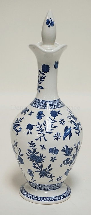 LIMITED EDITION COALPORT DECANTER WITH STOPPER. 11 1/2 INCHES HIGH.