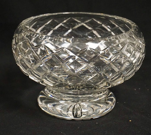 BRIERLEY CUT CRYSTAL BOWL WITH A FOOTED BASE. 5 1/2 INCHES HIGH.