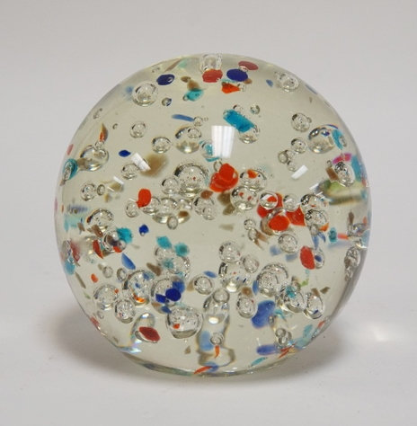 1108_ART GLASS MAGNUM PAPERWEIGHT INTERNALLY DECORATED WITH BUBBLES AND COLORED