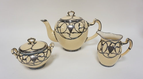 GREEN MARK LENOX SILVER OVERLAY 3 PC TEA SET. POT IS 6 IN H MONOGRAMMED