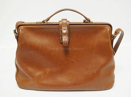 FENDI BROWN LEATHER BRIEFCASE. 17 X 12 INCHES. APPROX 5 INCHES WIDE. HAS SOME WE
