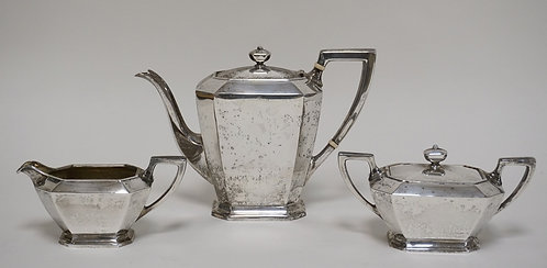 GORHAM *FAIRFAX* STERLING SILVER TEA SET WEIGHING 39.06 TROY OZ. TEAPOT MEASURES