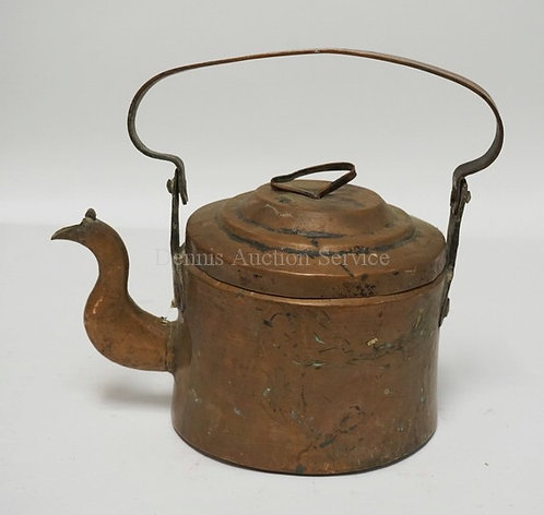 ANTIQUE COPPER GOOSENECK KETTLE. DOVETAILED CONSTUCTION. 10 3/4 INCHES HIGH.
