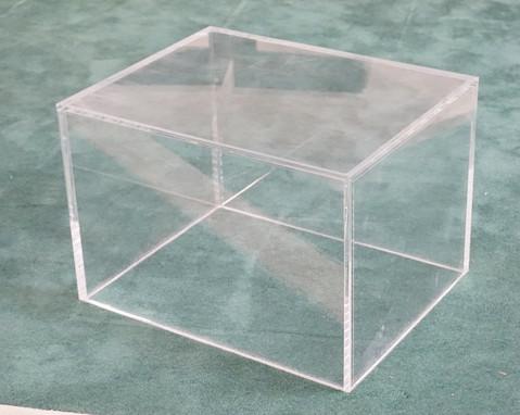 MCM Lucite Plinth Table