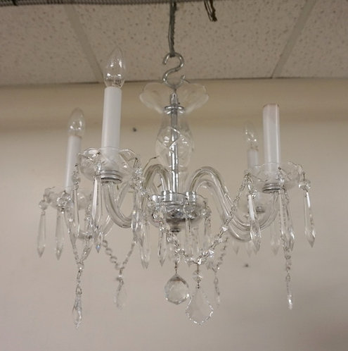 5 LIGHT CUT CRYSTAL SMALL SIZE CHANDELIER WITH WITH CUT SWAGS AND PRISMS. APP 18
