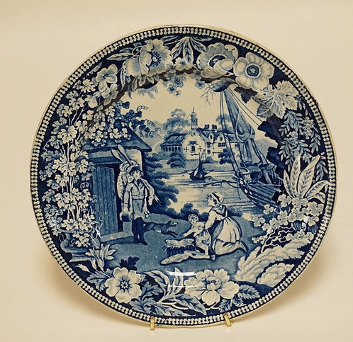 ANTIQUE HISTORIC BLUE TRANSFERWARE PLATE HAVING A COLONIAL SCENE FEATURING BOATS