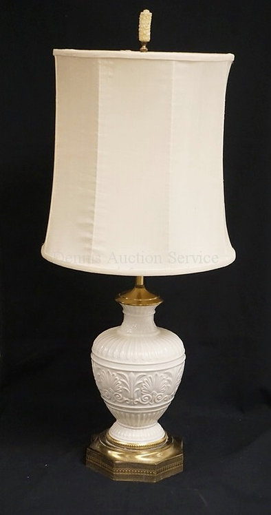LENOX PORCELAIN TABLE LAMP MEASURING 35 INCHES HIGH.