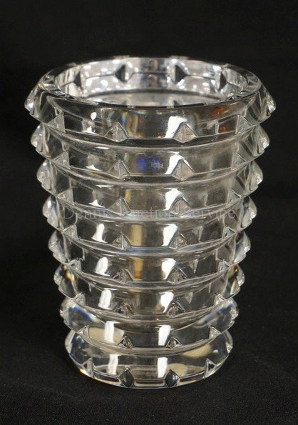BACCARAT CRYSTAL VASE MEASURING 5 1/4 INCHES HIGH.