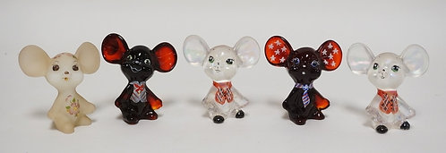 LOT OF 5 HAND PAINTED FENTON ART GLASS MICE. 3 INCHES HIGH.
