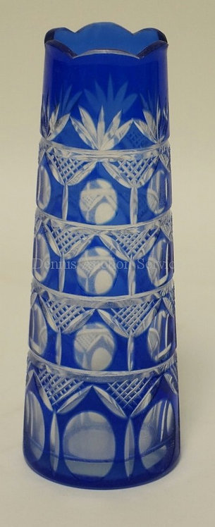 BLUE CUT TO CLEAR CRYSTAL VASE. 7 INCHES HIGH.