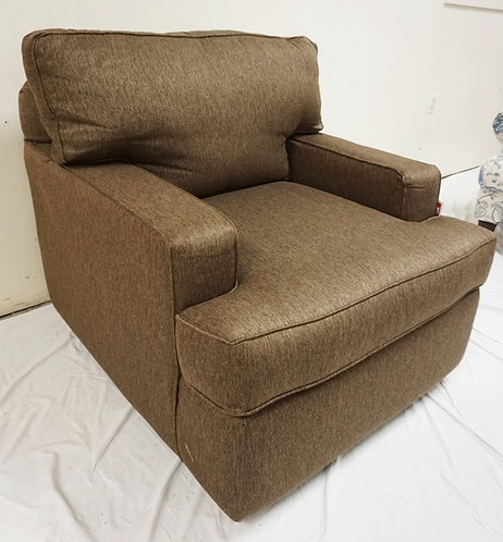 KLAUSSNER BROWN UPHOLSTERED ARM CHAIR. 35 IN WIDE. NEW FURNITURE LIQUIDATION