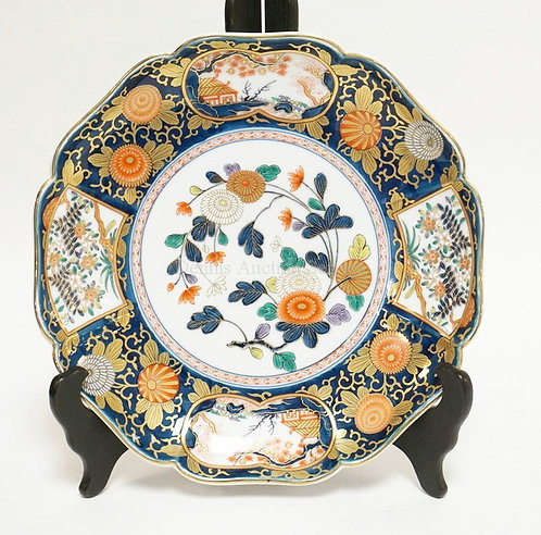 IMARI CHARGER WITH ENAMEL AND GOLD DECORATIONS OF FLOWERS AND SCENES. 12 1/2 INC