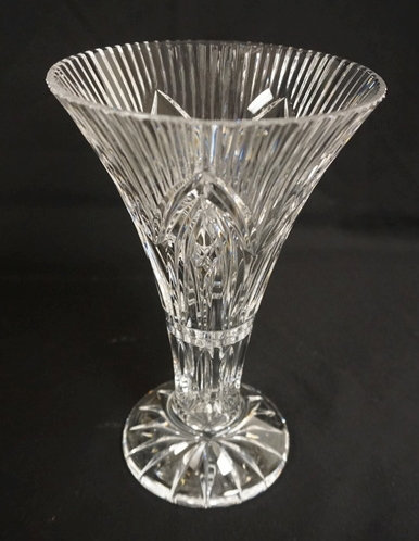 WATERFORD CRYSTAL TRUMPET VASE MEASURING 10 INCHES HIGH.