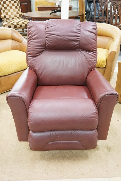 LA-Z-BOY RECLINER WITH HEAT AND MASSAGE. FULLY OPERATIONAL.