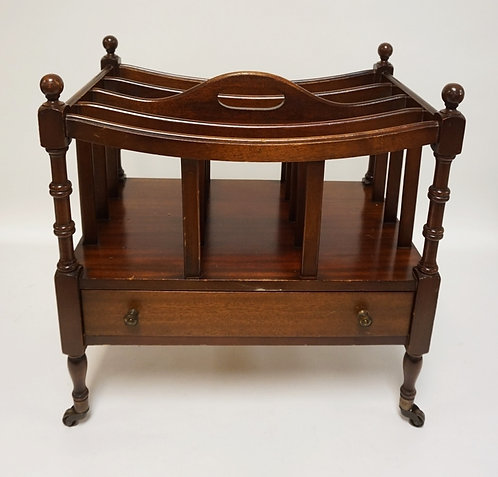 MAHOGANY CANTERBURY WITH ONE DRAWER.