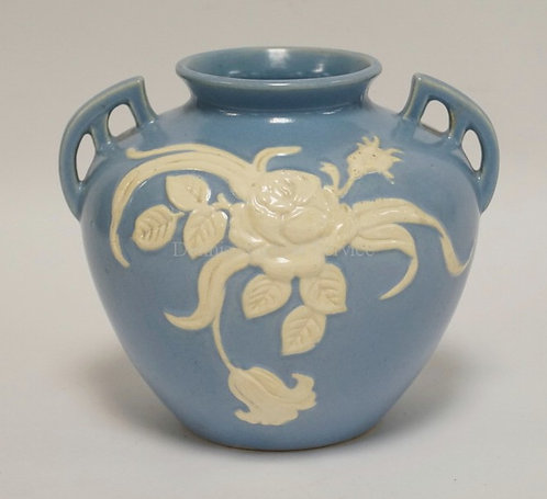 WELLER ART POTTERY VASE WITH CAMEO DECORATION OF ROSES. 7 1/2 INCHES HIGH.