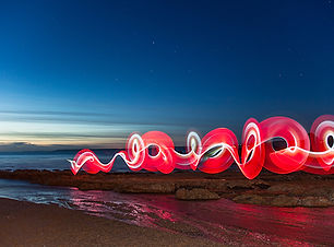neon-light-red-beach-600.jpg
