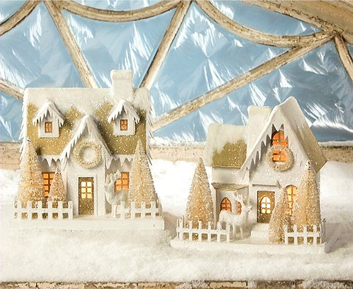 Vintage Christmas Cottage with Reindeer (Off White)