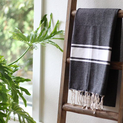 Hand Woven Flat Weave Casual Throw (Gray/White)