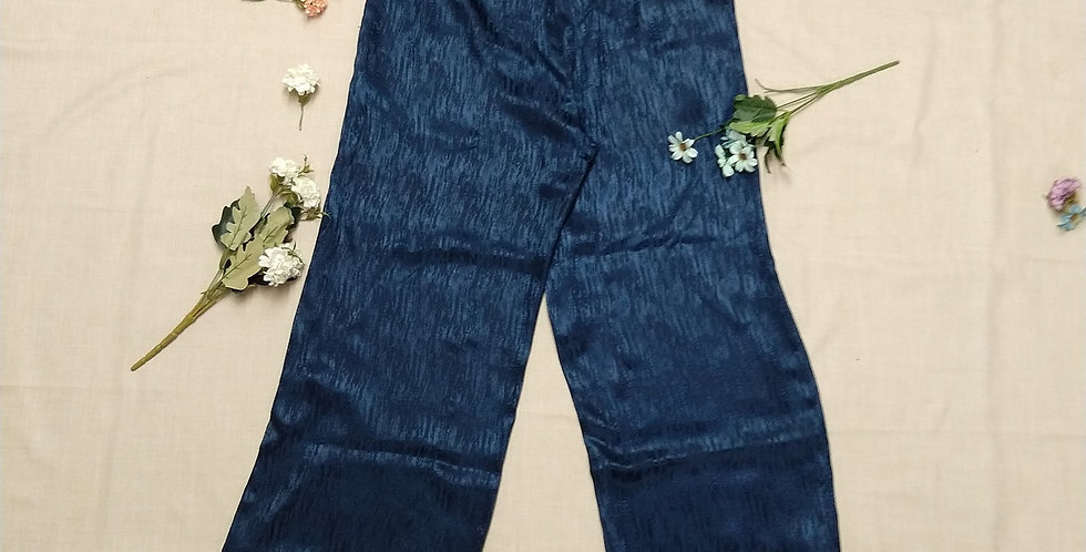 Highwaist Trouser with Straight Fit