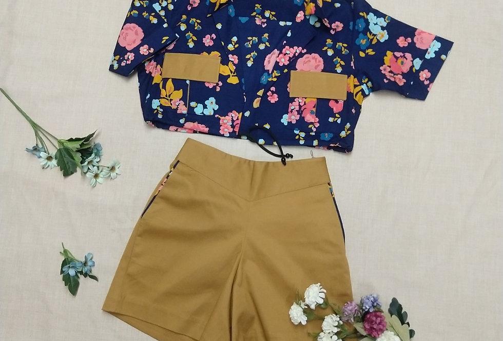 High Waist Shorts with Pocket