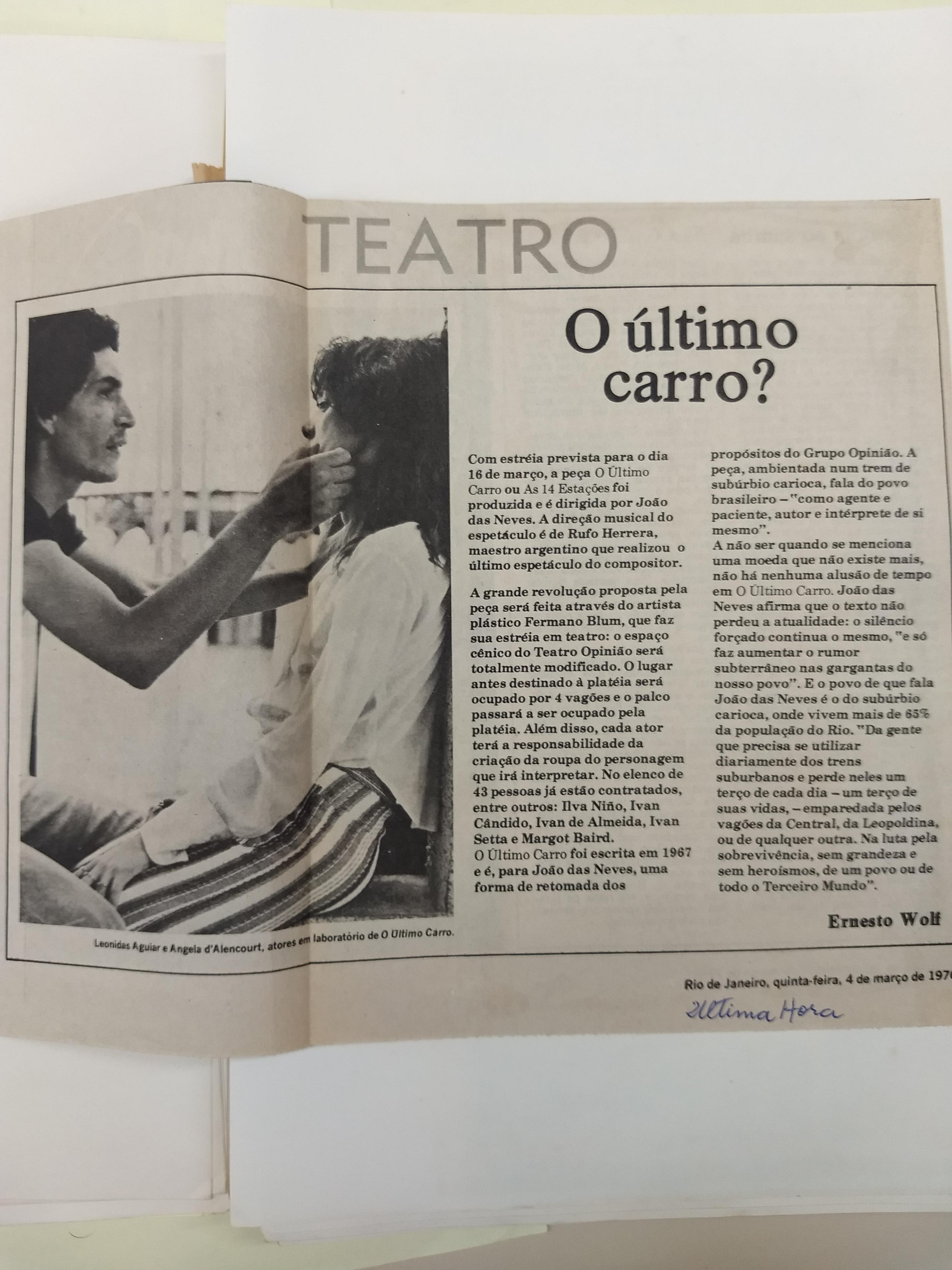 """Recorte de Jornal """" O Último Carro?"""" - Jornal Última Hora"""